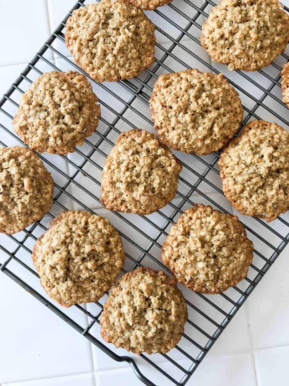 4 Ingredient 15 Minute Classic Oatmeal Cookies